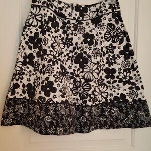 🛍🛍🛍Sonoma S floral skirt